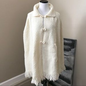 Vintage Handmade Cream Knit Cape Shawl Poncho